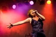 Maria Jane Hyde & Nivaldo Allves mit ''Money Money'' aus Cabaret